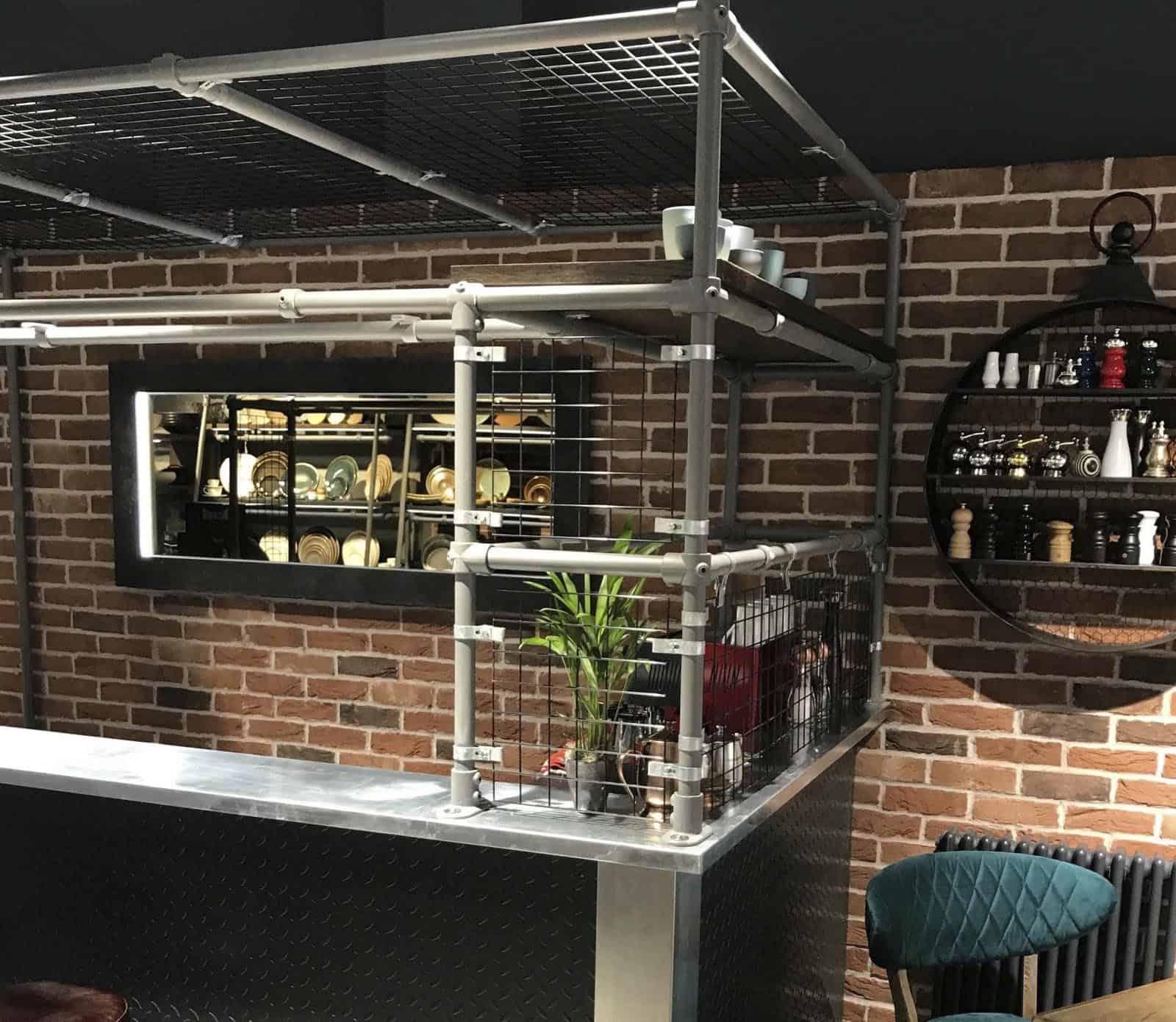 Zinc Top Bar